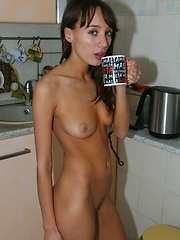 This naked hottie can make you some tea
