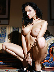 Superstar Jenya has scrumptious lines and everything anyone could ever want.