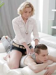 Stunning blonde cutie enjoys having hot sex with her boyfriend