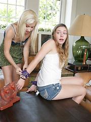 Aurielee Summer and Odette Voyeur