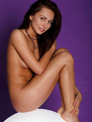 Kalena's gorgeous, nubile physique with eye-pleasing proportions, and an alluring pretty   face that evokes erotic and delightful   energy.