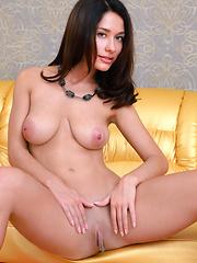 Mila M - supermodel naked