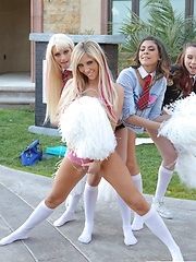 Capri Anderson and Heather Vahn get naughty with Rikki Six