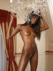 Valerie is the sexy princess that every country should have! Look at this sensuality!