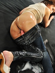 Yuri Aine in hard sex