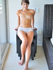 Melina gets naked and plays