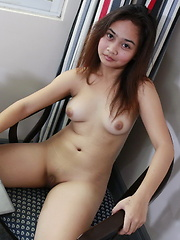 Young Rochelle makes her pocket money by showing her pussy on the web