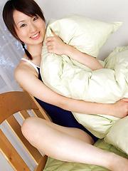 Naoko Sawano Asian in bath suit puts pillow between her sexy legs