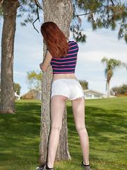 Dee Dee Lynn Atomic Golf