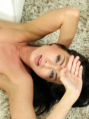 Horny Leyla Peachbloom spreads her shaved snatch and fingers herself