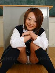 Sexy hot school girl Yu Shirogan poses nude