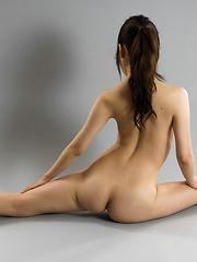 Flexible japanese babe Miku Aso