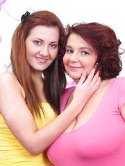 Huge breasted BBW lesbian doing a hot teeny babe
