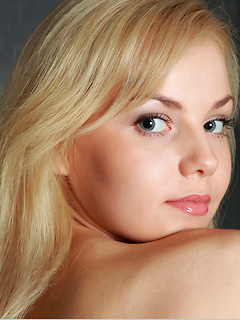 teen model Janice A